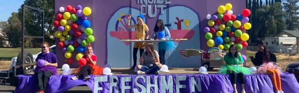 HOCO Parade 2021 - Freshman Float