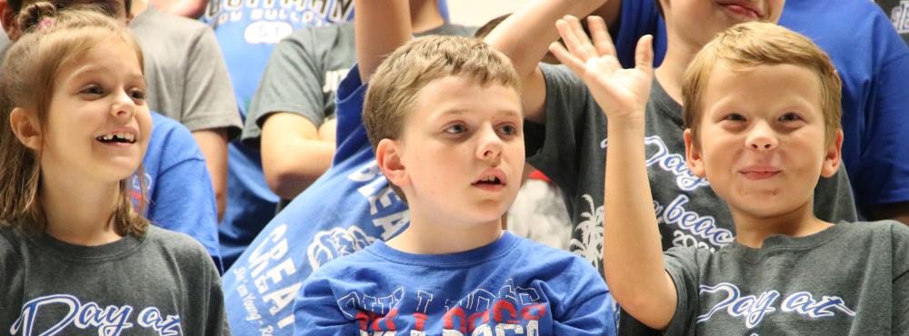 4th graders singing at program