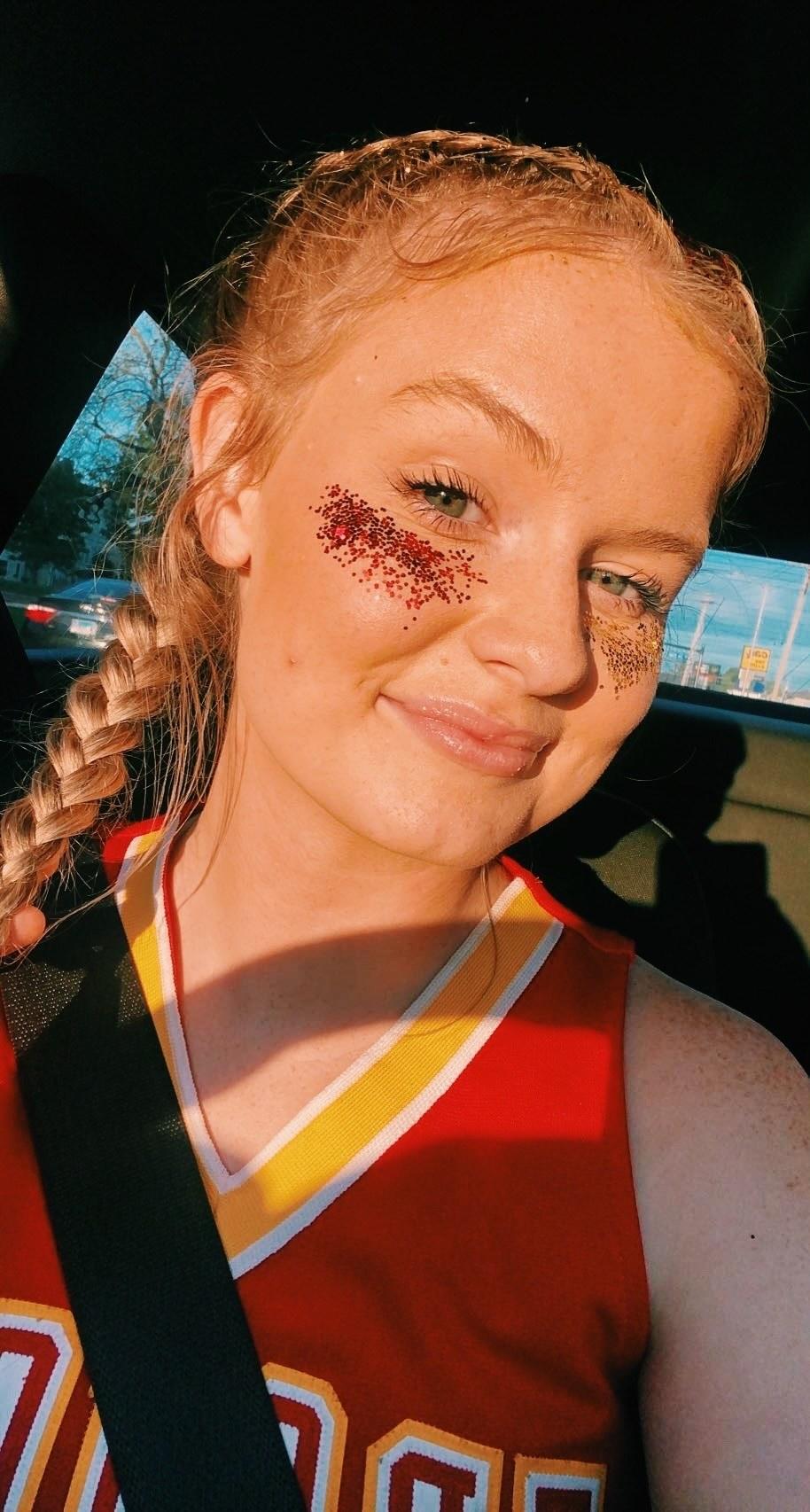 Senior Cheerleader Kimberly